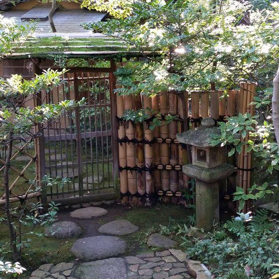 15 Model Pagar Bambu Menjadi Hunianmu Makin Kreatif