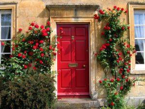 cat pintu rumah